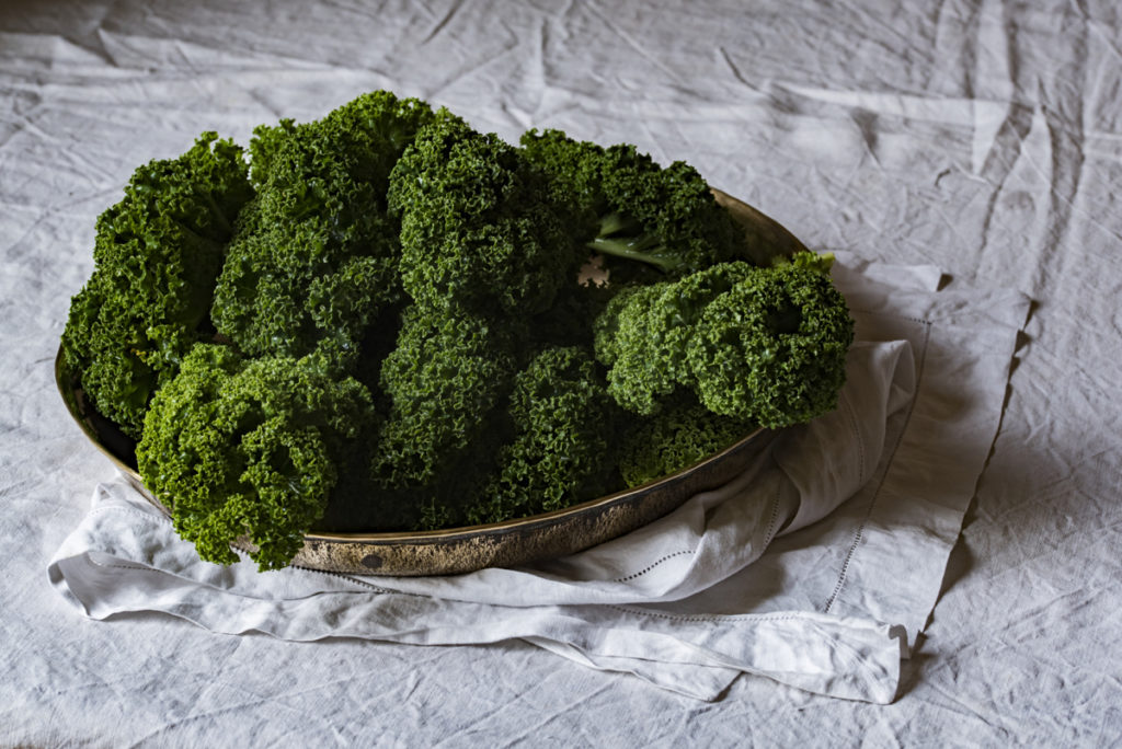 kale is a superfood rich in vitamins and very low GI friendly